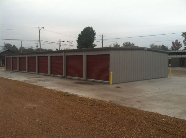 104 7th Street Obion, TN 38240 - Drive-up Units